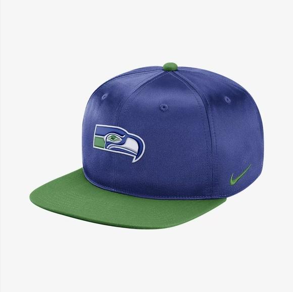 b4d941442fa Nike Pro Historic Snapback Seattle Seahawks